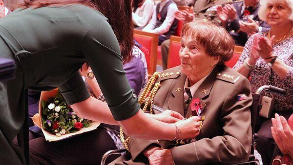 Česká veteránka Jarmila Halbrštátová - Sputnik Česká republika