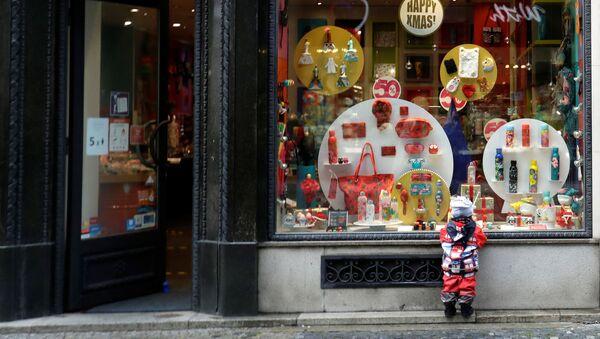 Obchod v době koroanviru v Praze - Sputnik Česká republika