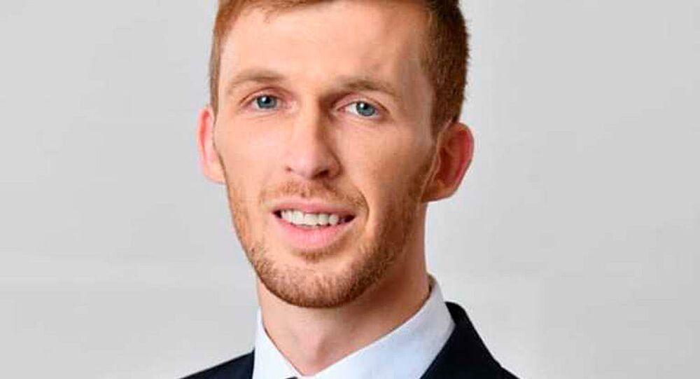 Kandidát za stranu Národ a pravdaAbdullah Iljazovič.