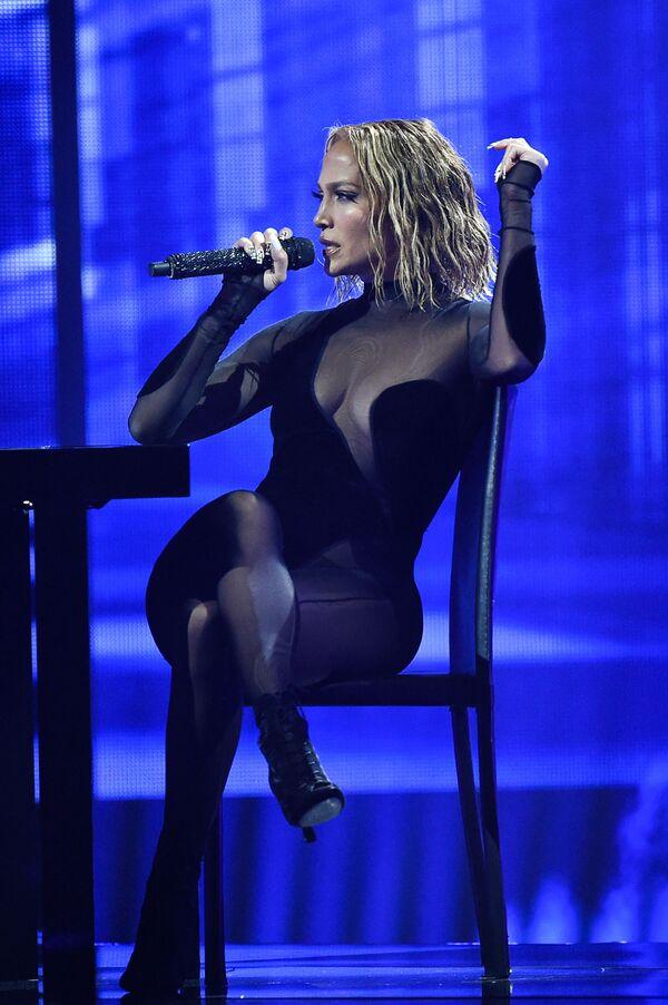Americká herečka, zpěvačka, módní návrhářka a tanečnice Jennifer Lopez. - Sputnik Česká republika