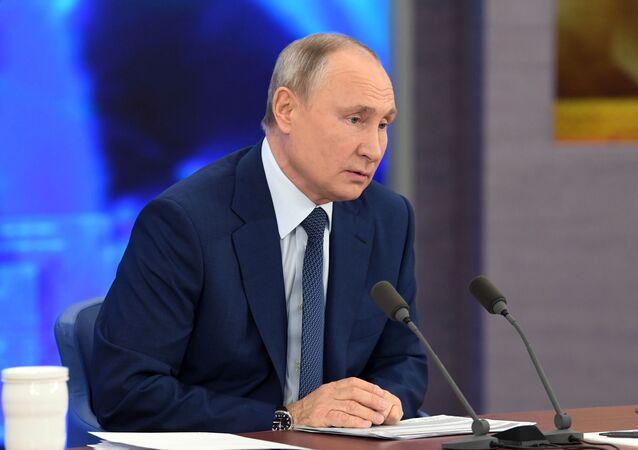 Velká tisková konference Vladimira Putina