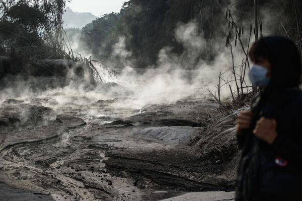 Následky erupce sopky Semeru na ostrově Jáva, Indonésie - Sputnik Česká republika