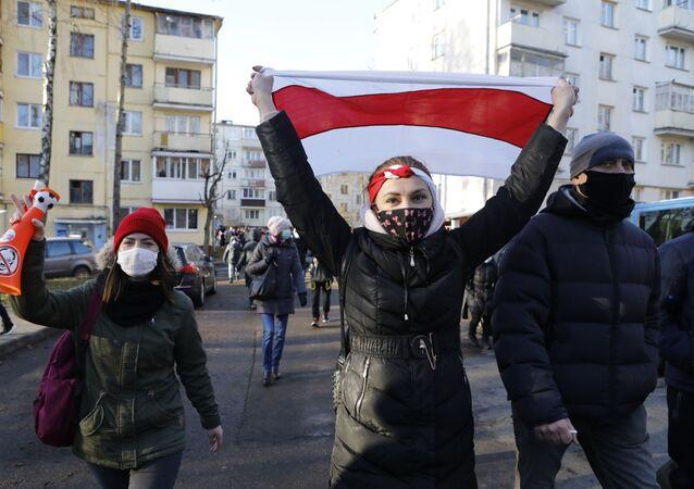 Protestující v Minsku