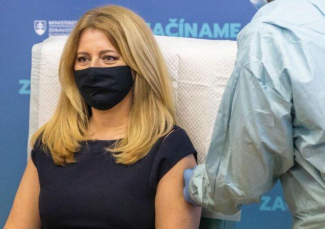 Zuzana Čaputová se nechává očkovat