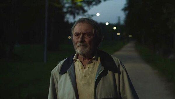 Ladislav Mrkvička ve filmu Staříci  - Sputnik Česká republika