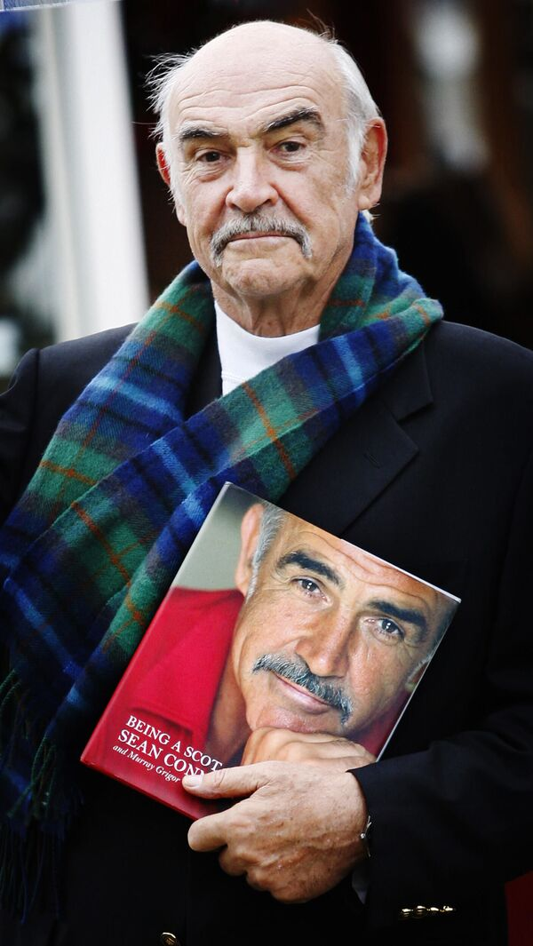 Skotský herec a producent Sir Thomas Sean Connery  - Sputnik Česká republika