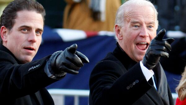 Joe Biden a jeho syn Hunter - Sputnik Česká republika