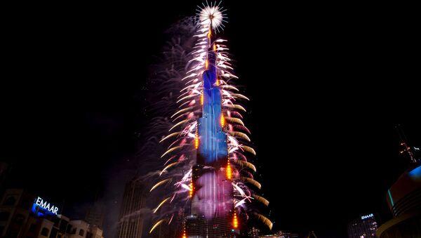 Ohňostroj během oslav Nového roku 2021 ve Spojených arabských emirátech - Sputnik Česká republika