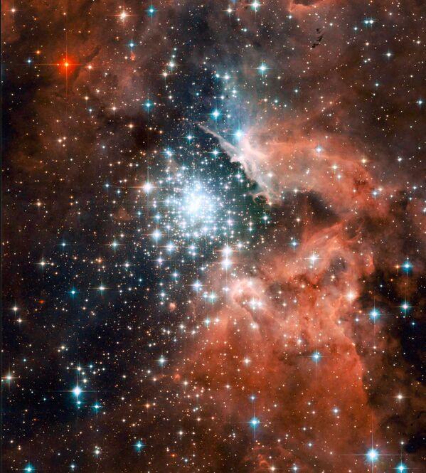 Zprávy z vesmíru ve fotografiích: Něco fantasticky krásného z konce loňského rokuуманность NGC 3603 в спиральном рукаве Киля нашей Галактики - Sputnik Česká republika