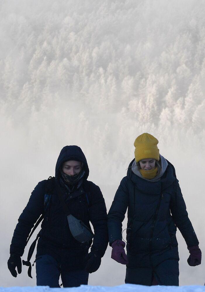 Nejúchvatnější roční období: Neuvěřitelné fotografie zimy v Krasnojarském kraji