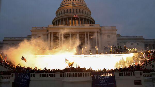 Výbuch u budovy Kongresu ve Washingtonu - Sputnik Česká republika
