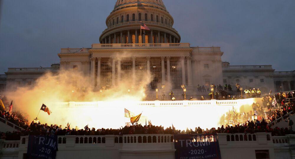 Výbuch u budovy Kongresu ve Washingtonu