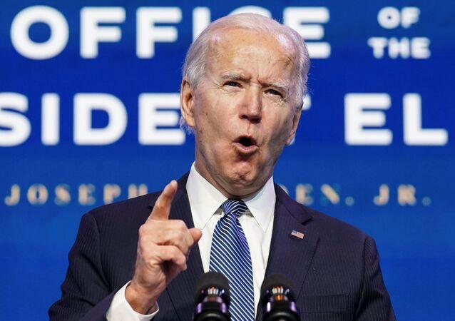 Zvolený americký prezident Joe Biden mluví o násilí ve Washingtonu