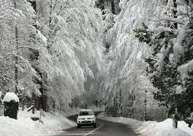 Automobil za zimního počasí