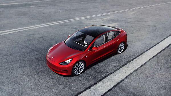 Automobil Tesla 3 - Sputnik Česká republika