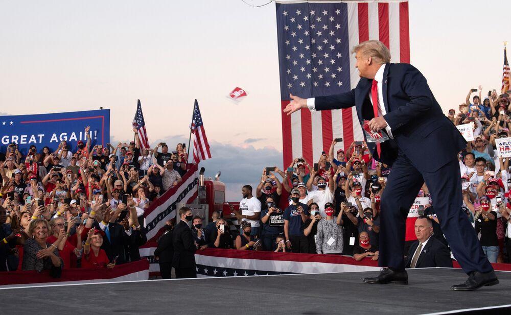 Americký prezident Donald Trump během své předvolební kampaně v Sanfordu, stát Florida