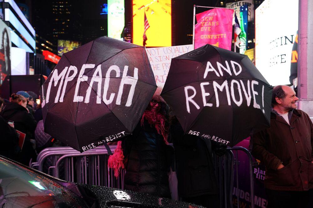Demonstrace za impeachment proti Donaldovi Trumpovi v New Yorku, r. 2019