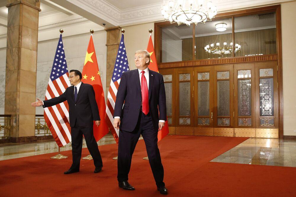 Donald Trump s čínským premiérem Li Kche-čchiangem