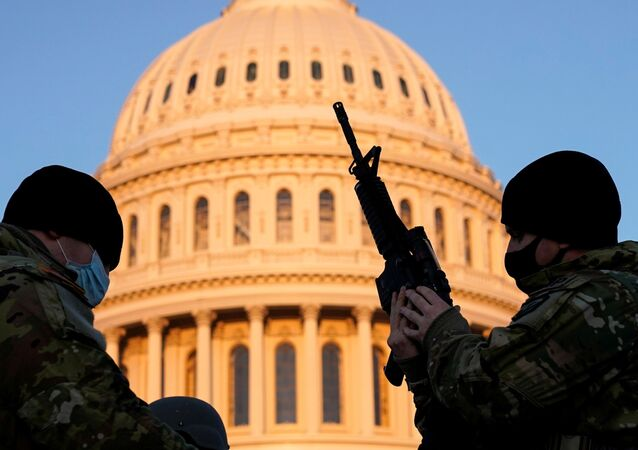 Člen americké národní gardy ve Washingtonu DC