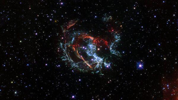 Snímek shluků supernovy 1E 0102.2-7219 - Sputnik Česká republika