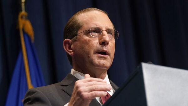 Americký ministr zdravotnictví Alex Azar  - Sputnik Česká republika