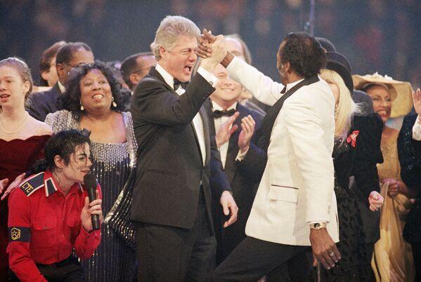 Bill Clinton a slavný americký zpěvák Chuck Berry - Sputnik Česká republika