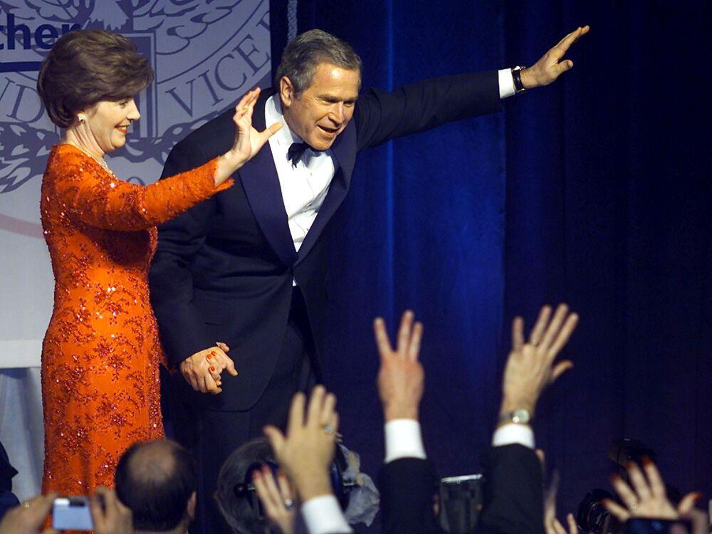 George W. Bush a jeho manželka Laura Bushová