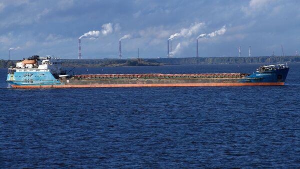 Ruská loď na převážení suchého nákladu (ilustrační foto) - Sputnik Česká republika