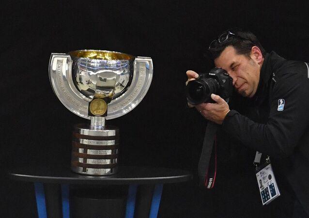 Pohár pro vítěze hokejového mistrovství světa. Ilustrační foto