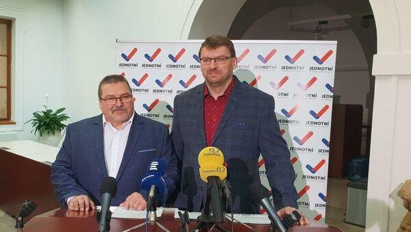 Poslanci Marian Bojko a Lubomír Volný - Sputnik Česká republika