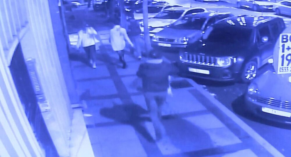V Turecku ozbrojený muž napadl tři Rusy