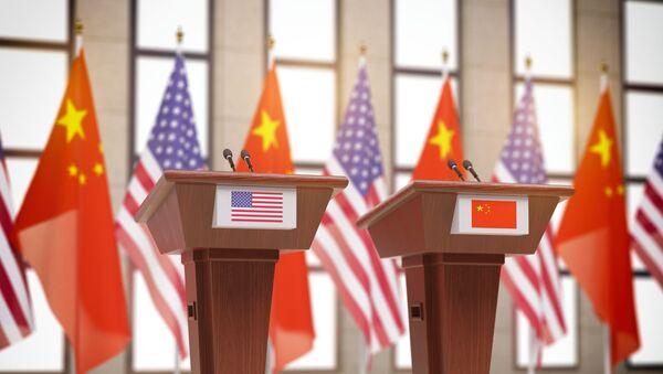 Vlajky Číny a USA. Ilustrační foto - Sputnik Česká republika