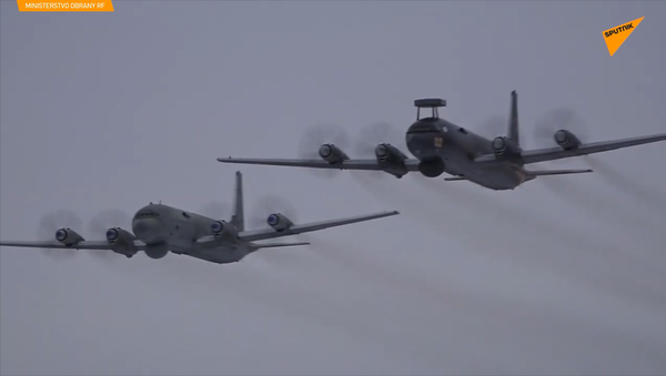 Skupinové hledání smyšleného nepřítele letadly Il-38 na Kamčatce - Sputnik Česká republika