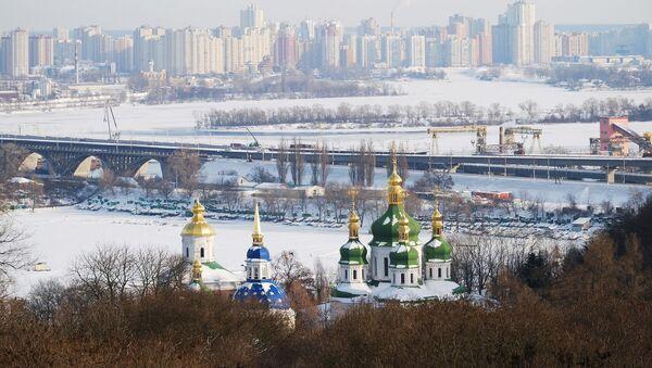 Výhled na zasněžený Kyjev - Sputnik Česká republika