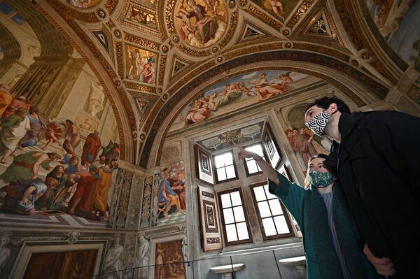 Raffaelovy sály ve Vatikánském muzeu.  - Sputnik Česká republika