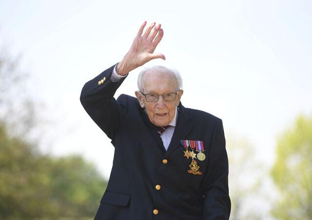 Britský veterán sir Thomas Moore