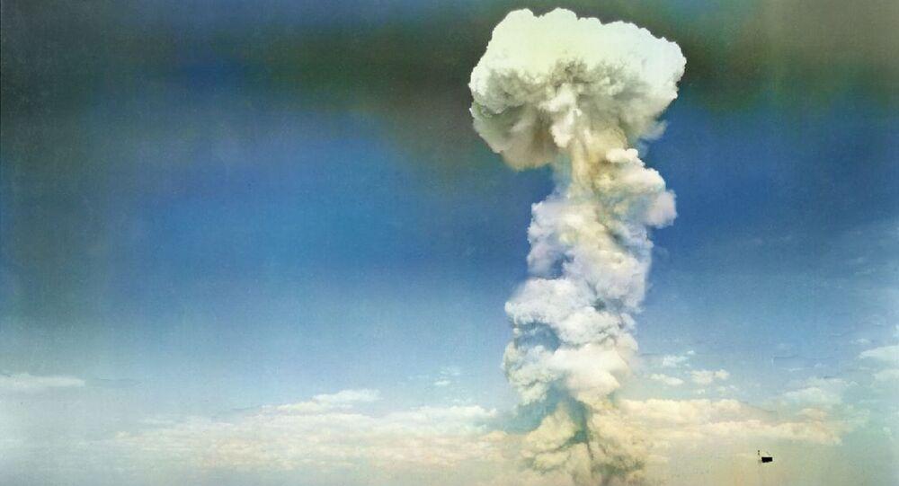 Testování jaderné bomby v roce 1954. Ilustrační foto