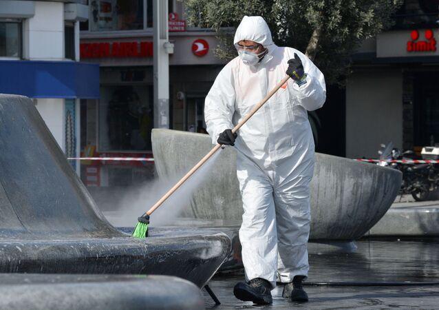 Dezinfekce ulic v Istanbulu