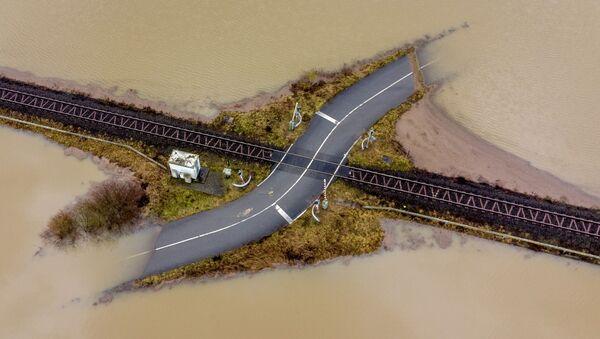 Přes vodu vlakem: Velké záplavy v Německu - Sputnik Česká republika