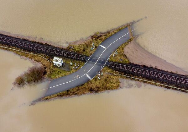 Železnice mezi zatopenými oblastmi v Německu - Sputnik Česká republika