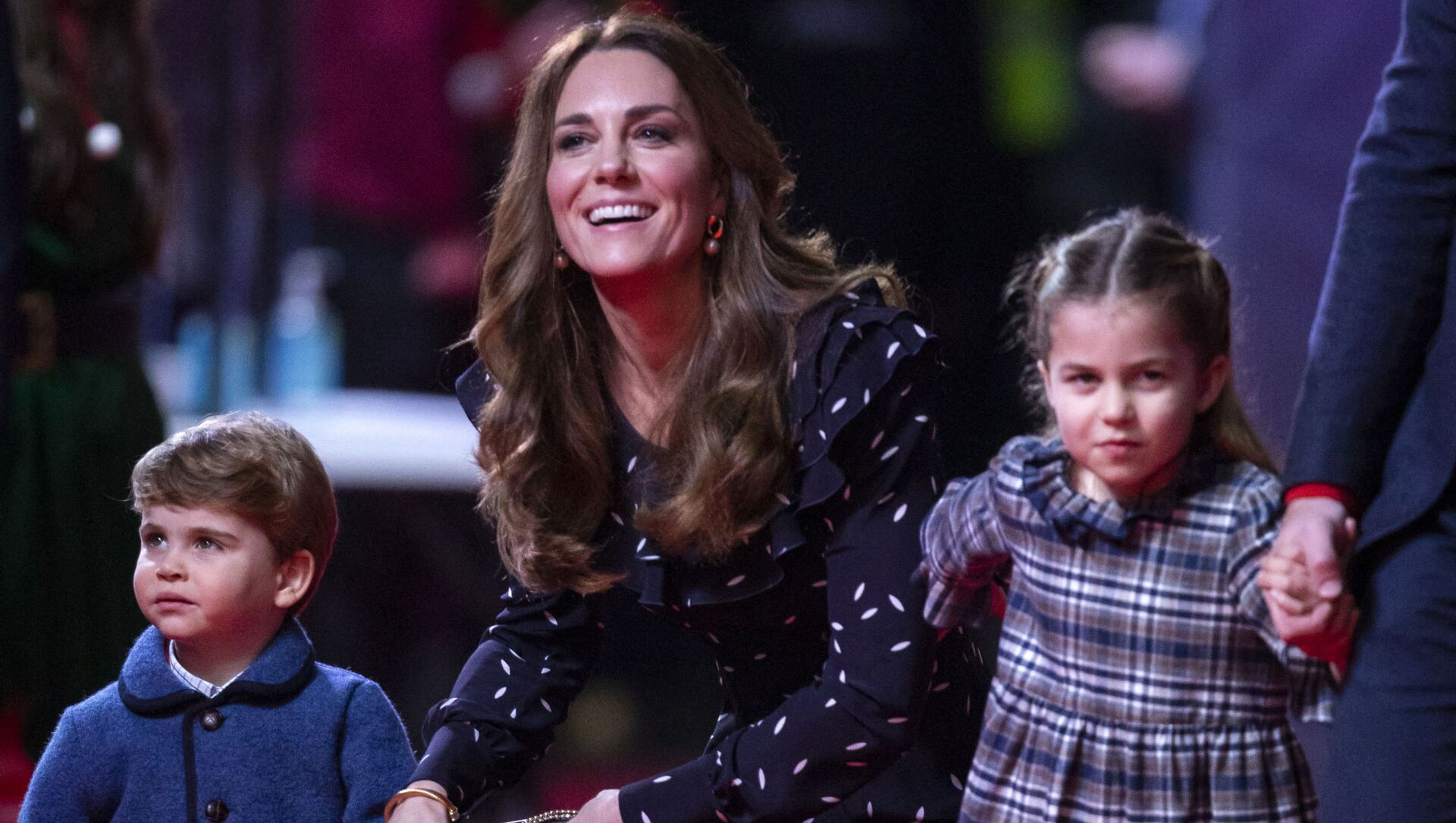 Kate Middletonová s dětmi princeznou Charlotte a princem Louisem - Sputnik Česká republika, 1920, 09.02.2021