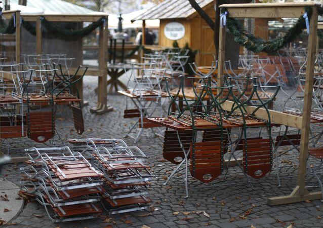 Uzavřená pivní zahrada v Mnichově