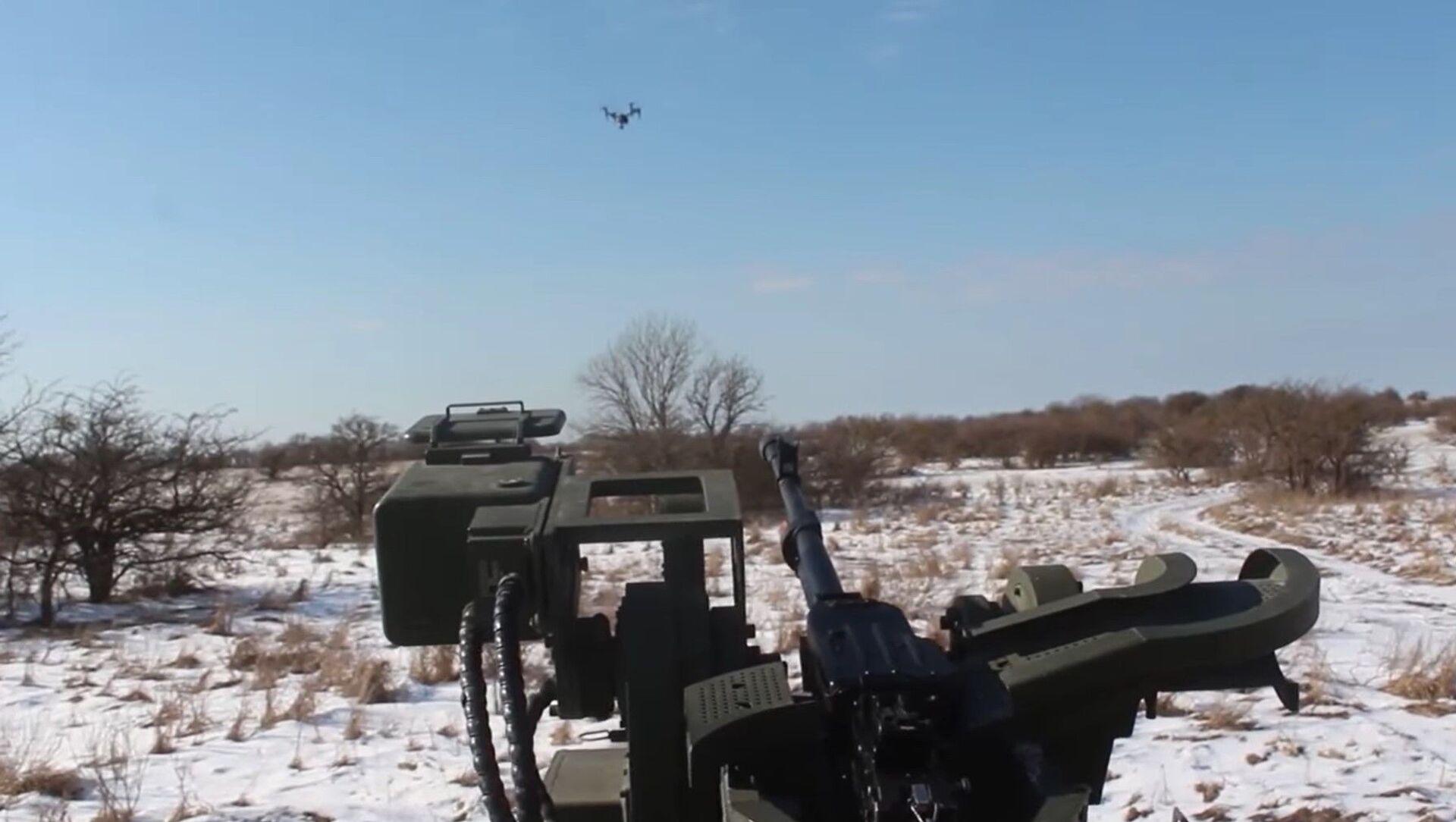 Video: Speciální jednotky použily Tiger s Arbaletem-DM proti dronu - Sputnik Česká republika, 1920, 16.02.2021