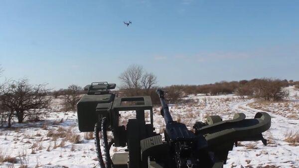 Video: Speciální jednotky použily Tiger s Arbaletem-DM proti dronu - Sputnik Česká republika