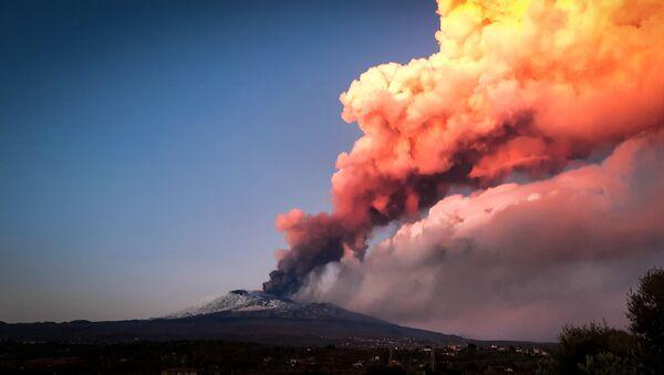 Erupce Etny - Sputnik Česká republika