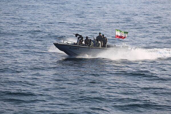 Společná cvičení námořnictva Íránu a Ruska v Indickém oceánu. - Sputnik Česká republika