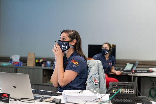 Zaměstnankyně NASA během přistání Perseverance na Marsu - Sputnik Česká republika