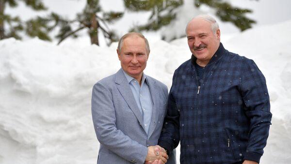 Alexandr Lukašenko s Vladimirem Putinem v Soči, únor 2021 - Sputnik Česká republika