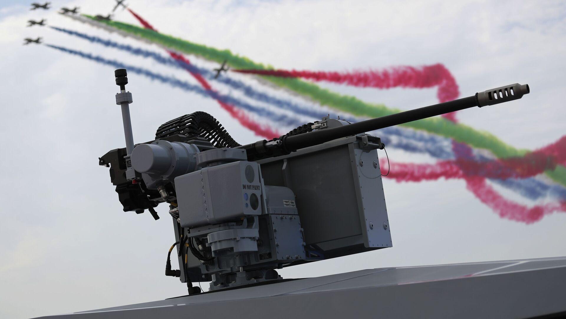 Letečtí akrobaté vzdušných sil Spojených arabských emirátů předvádějí své triky - Sputnik Česká republika, 1920, 23.02.2021
