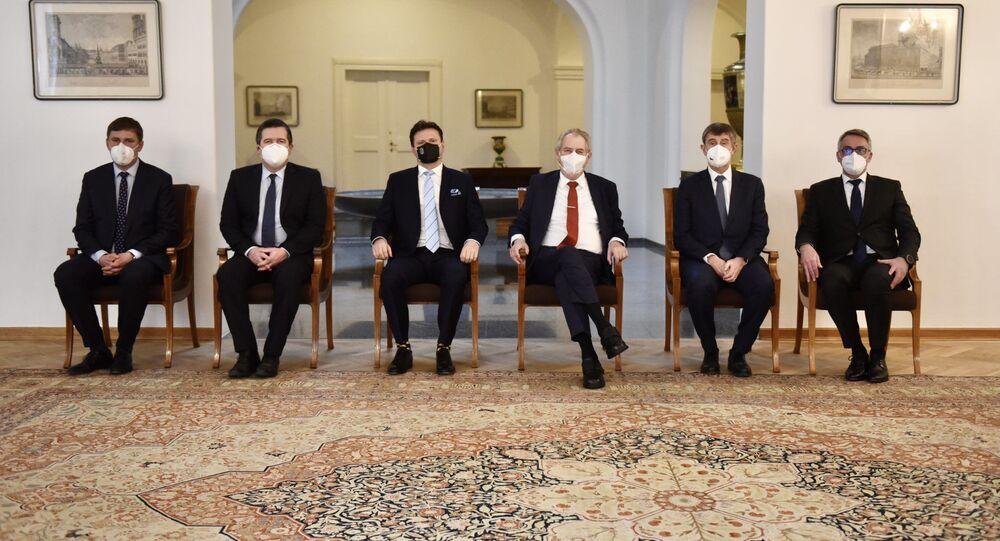 Schůzka ústavních činitelů na Pražském hradě